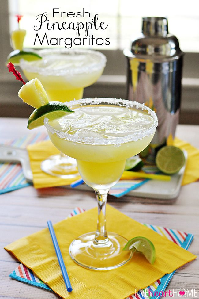 Fresh Pineapple Margaritas (made with fresh-squeezed lime juice and pineapple puree) + Cinco de Mayo Recipes | FiveHeartHome.com