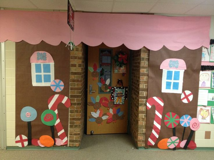Gingerbread candy house christmas classroom door