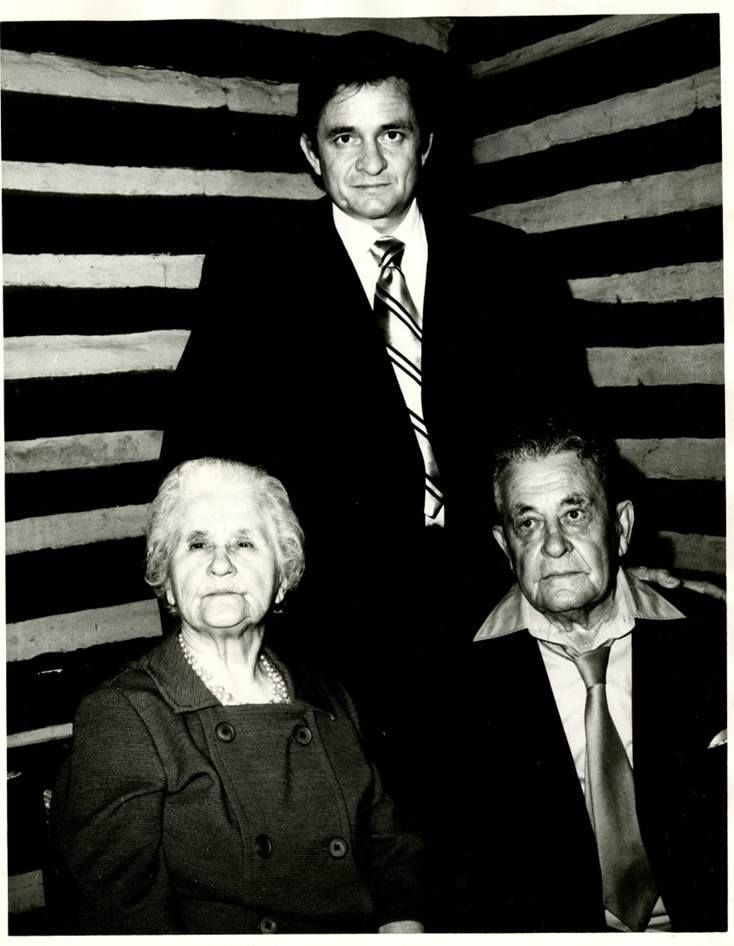 Johnny Cash, his parents Carrie & Ray