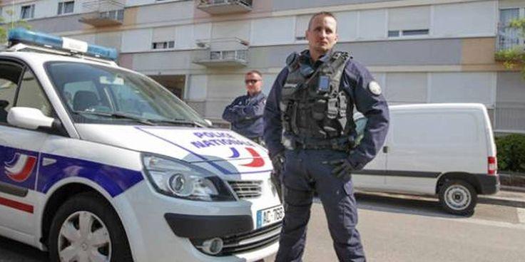 Commissariat de Police Le Kremlin-Bicêtre LE QG DU KKK PARISIEN