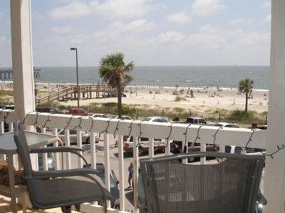 OCEANFRONT CONDO - 35 YARDS FROM THE BEACH ON THE SOUTH END OF TYBEE.