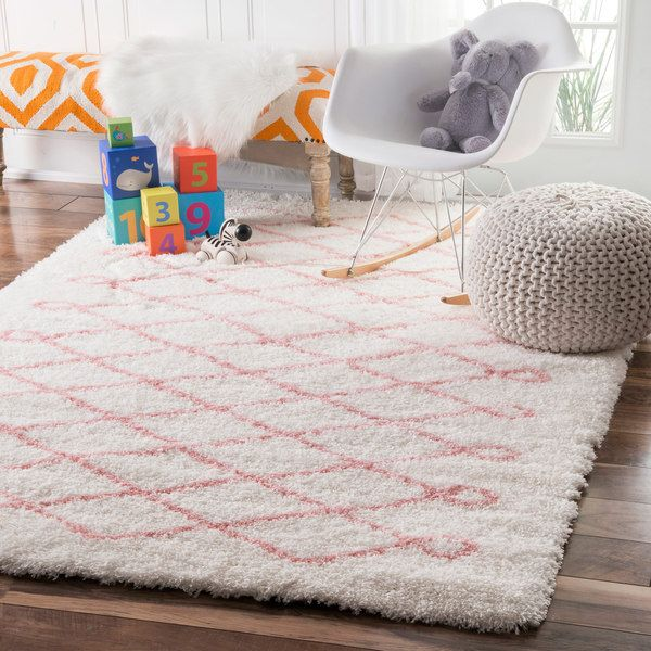 nuLOOM Soft and Plush Cloudy Shag Diamond Kids Nursery Baby Pink Rug (4' x 6')