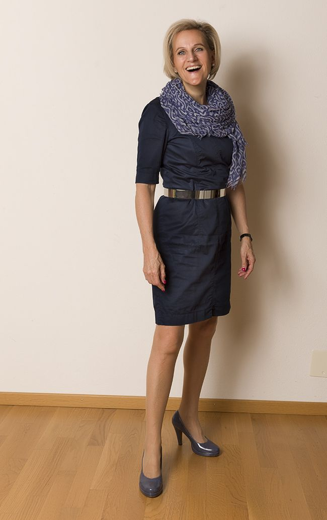 Kleid und Schal Esprit, Schuhe Tamaris