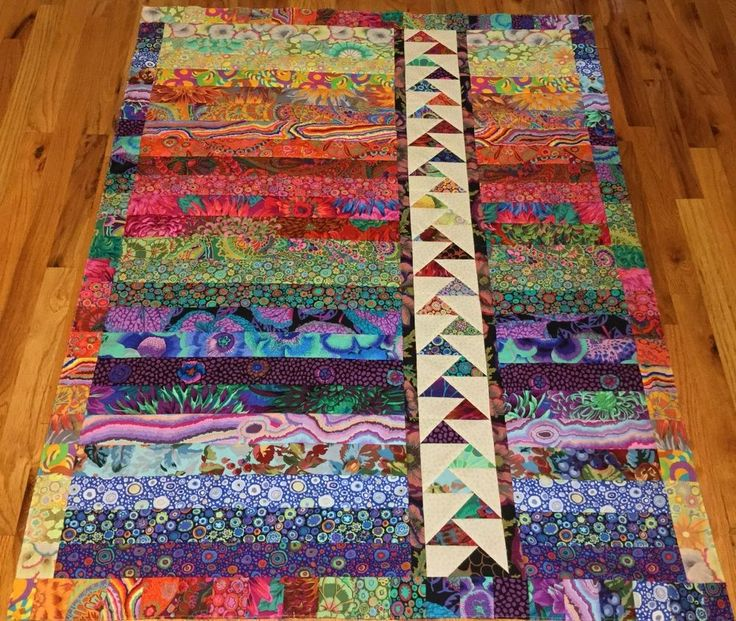 Strip quilts with strips staggered