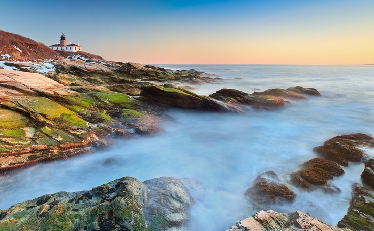 Beavertail lighthouse by enzo figueres via 500px