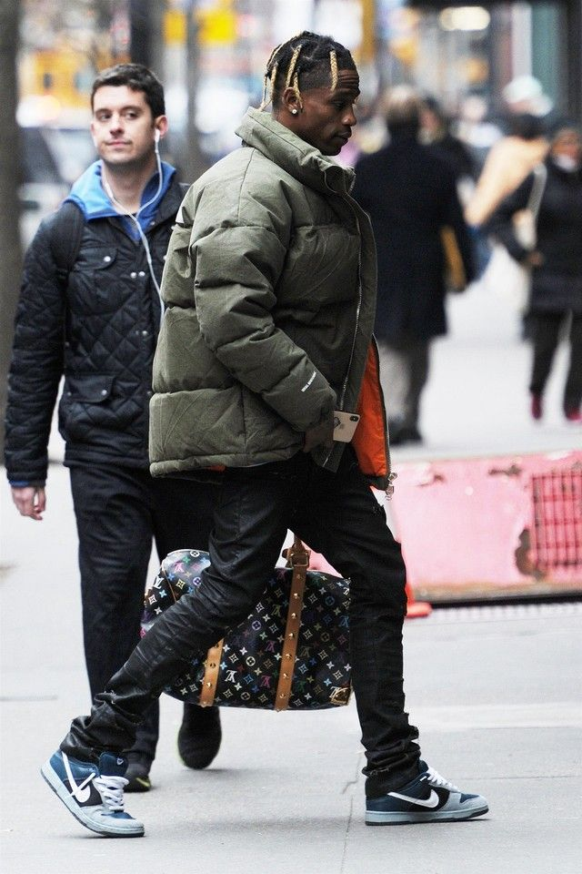 7cfbfd788 Travis Scott wearing Louis Vuitton Keepall Monogram 45, READYMADE x ...