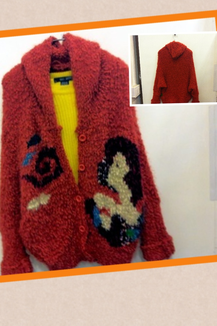 2012F/W Jessica's proposal exit 8: a knitted cardigan with hood , very soft touchness; knitted for a human made mohair