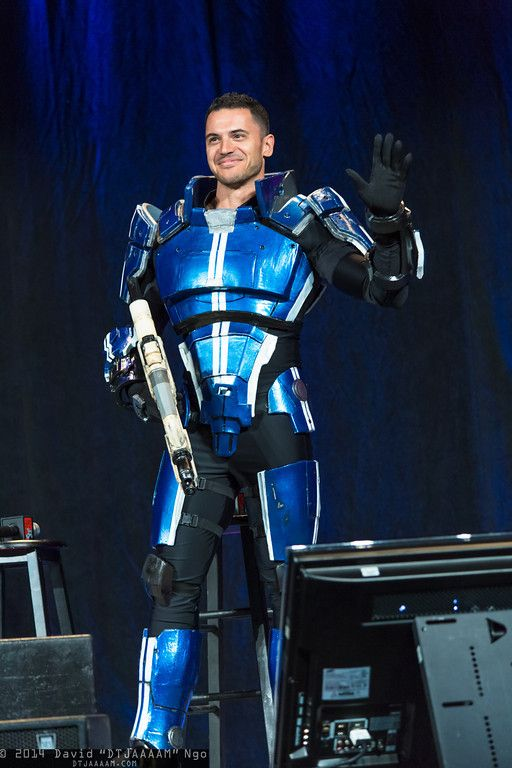 Luciano Costa as Kaidan Alenko at PAX East 2014 cosplay benefitting St. Jude's Children's Hospital. More at http://east.paxsite.com/schedule/panel/mass-effect-cast-cosplay-initiative-the-event