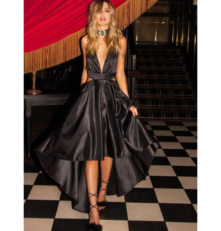 Cut Out Kleid 2017 mit V-Ausschnitt vorne kurz hinten lang Schwarz