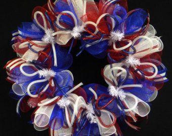 "Patriotic Wreaths 24"", Memorial or Labor Day, Veterans Day, RWB, Poly Mesh Wreath, Deco Mesh (765)"