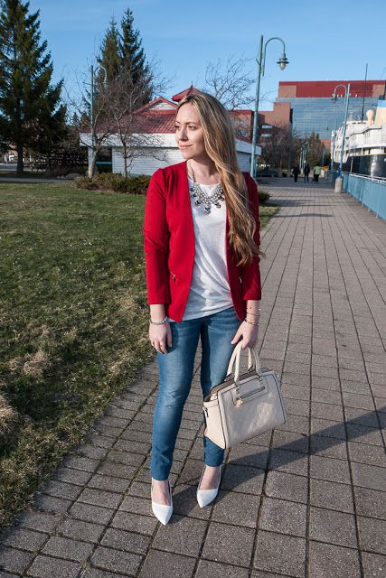 Closet Full Of Thrills: Casual Chic With a Pop of Colour {Red + Blue + Neutrals}