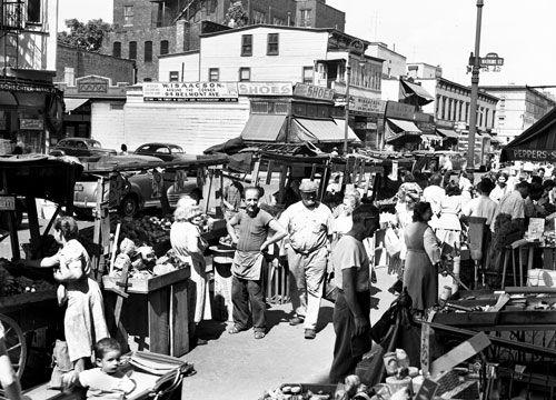 Belmont Av. Pushcart market - Brownsville Brooklyn 1950