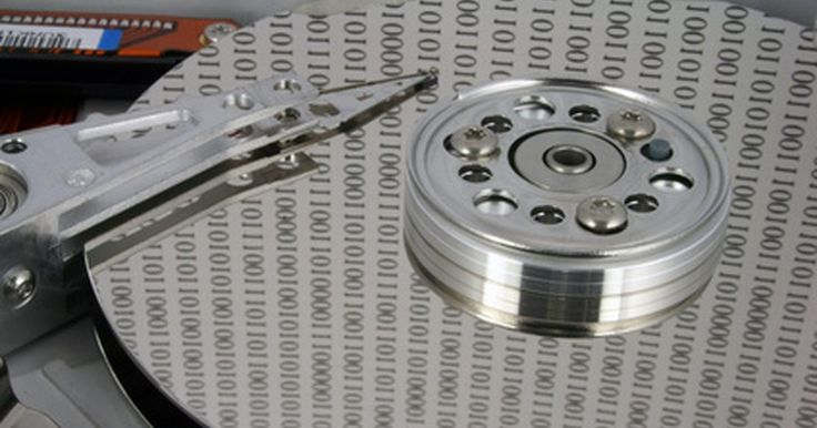 Cómo montar discos duros espejo. Montar un disco duro espejo es el proceso de crear una réplica exacta, byte por byte, de un volúmen del sistema que se encuentre en funcionamiento. Esta es una tarea importante que los usuarios de computadoras deben comprender, ya que permite tener una redundancia de datos y seguridad para archivos importantes, ya sean personales o de operaciones. ...