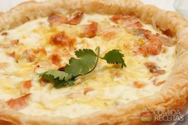 Receita de Quiche de salmão em receitas de tortas salgadas, veja essa e outras receitas aqui!