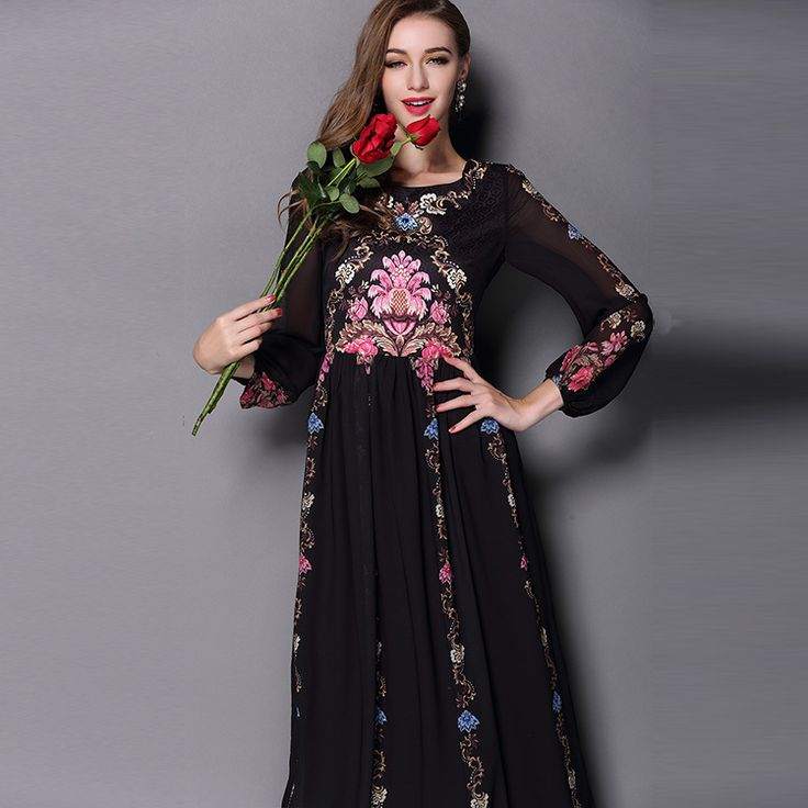 Europe Fashion 2017 New Street Women Elegant 3/4 Sleeve Retro Color Flowers Print Big Swing Slim Beautiful Long Dress