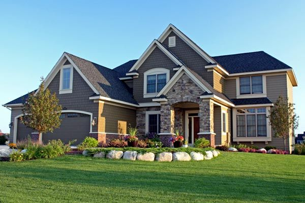 Beautiful Interior and Exterior Design!  Traditional   House Plan 42490