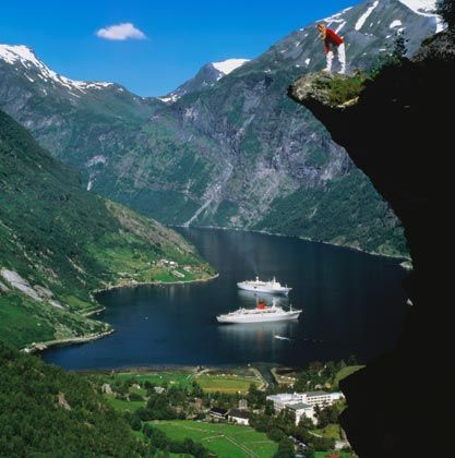 beautiful place in norway: Google Image, Norway Fjord, Travel Checklist, Beautiful Places, Bing Image, Image Results, Geirang Norway, Fiord Noruega, Wanna Travel