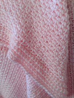 Single crochet baby blankey. Ravelry: Project Gallery for Fast Easy Crochet Baby Blanket pattern by Amy Solovay