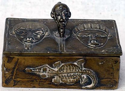 Baoule bronze box, Ivory coast Collected in the 1970s Size: 98 x 68 x 64mm