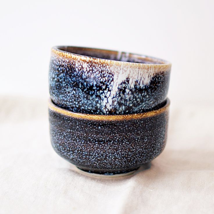 Galaxy bowl chawan by Emilie Pedron                                                                                                                                                                                 Plus