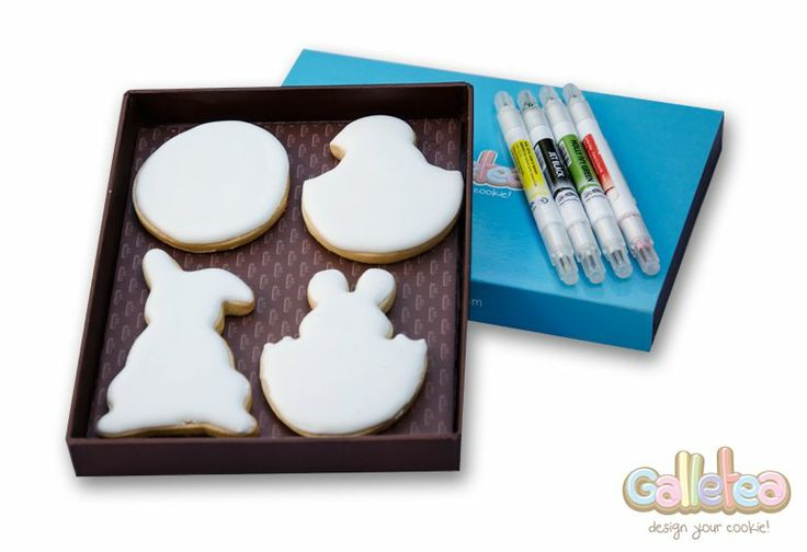 "Pack de Pascua ""Coloréame"" junto con rotuladores de tinta comestible: http://www.galletea.com/galletas-decoradas/coloreame/"
