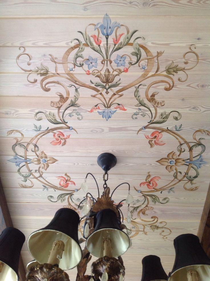 The painted ceiling by Svetlana Egorova.