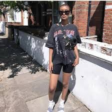 Biker Shorts and Baggy T Shirts   – Fashion Trend Research