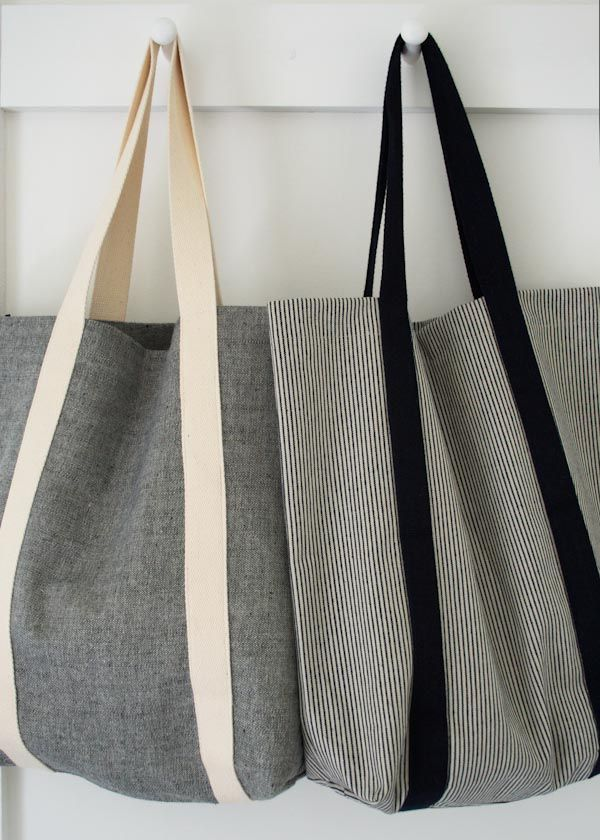Because you can never have too many totes. Molly's Sketchbook: Railroad Tote - The Purl Bee #diybag