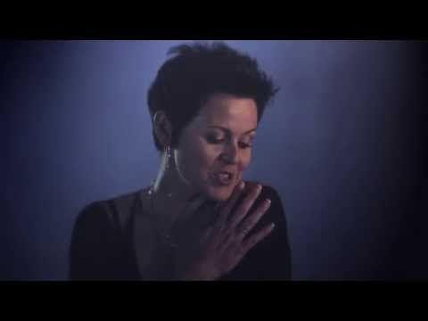 "JENNIFER ZAMUDIO ""Sê dit Harder"" (Amptelike Musiekvideo) - YouTube"