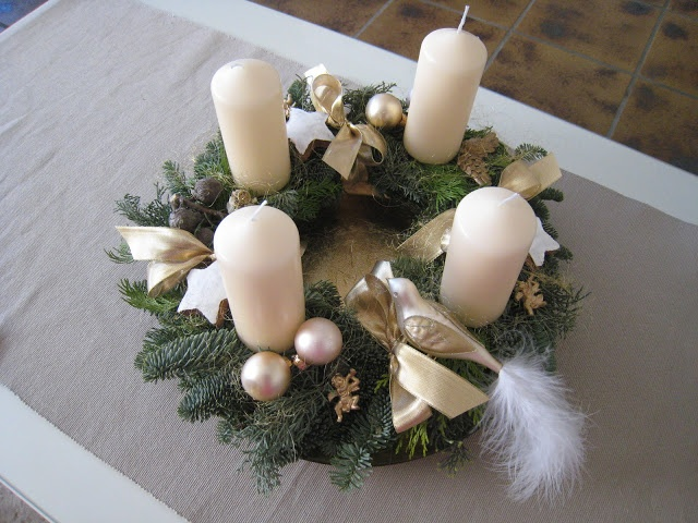 sweets of life: Advent Advent... But user silver instead of gold and use the purple and pink advent candles