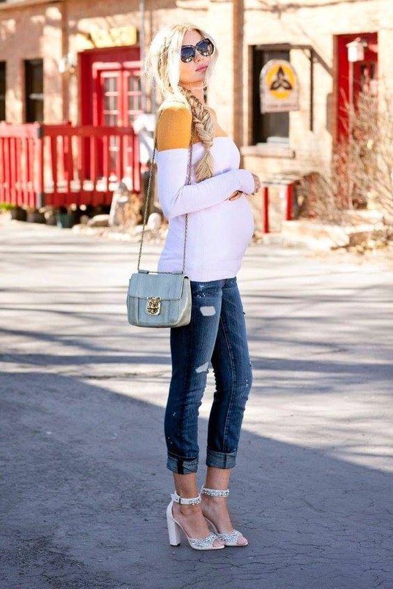 1e6c4b72d4f51 60+ Comfy Jeans Outfits For Pregnant Women Ideas | Pregg | Pregnancy ...
