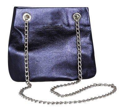 Δερμάτινη τσάντα ώμου με αλυσίδα και μεταλλιζέ μωβ χρώμα