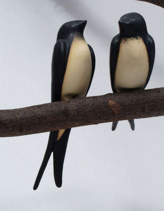 Die kleinen Vögel … so nett. Romantischer Hingucker im Garten und um …   – Spatzen