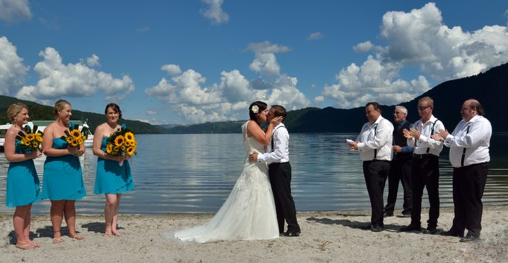 #beachthemewedding #rotoruanz #Lakewedding This was one couple madly in love!