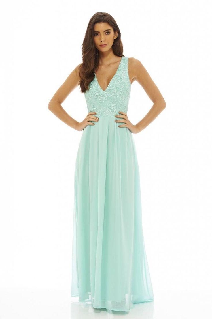 Dostępne różne rozmiary – cudowna, długa kreacja w pięknym, pastelowym, miętowym kolorze – bardzo wyjątkowa kreacja na wesele czy inne szczególne okazje – sukienka ma bardzo elegancki krój i fason sprawdzi się wszędzie tam, gdzie chcesz wyglądać stylowo i z klasą – góra sukienki to piękna koronka – na szerszych ramiączkach – dół sukienki to