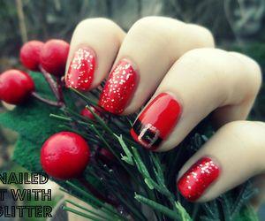 Christmas Nail Art | via Tumblr