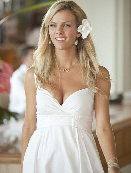 Brooklyn Decker's wedding dress in Just go With it - love it rehersal dress