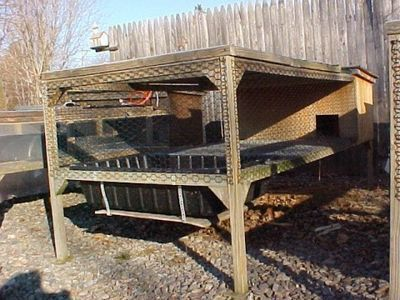Bantam coops and housing evy avery 39 s call duck pens for Duck hutch plans