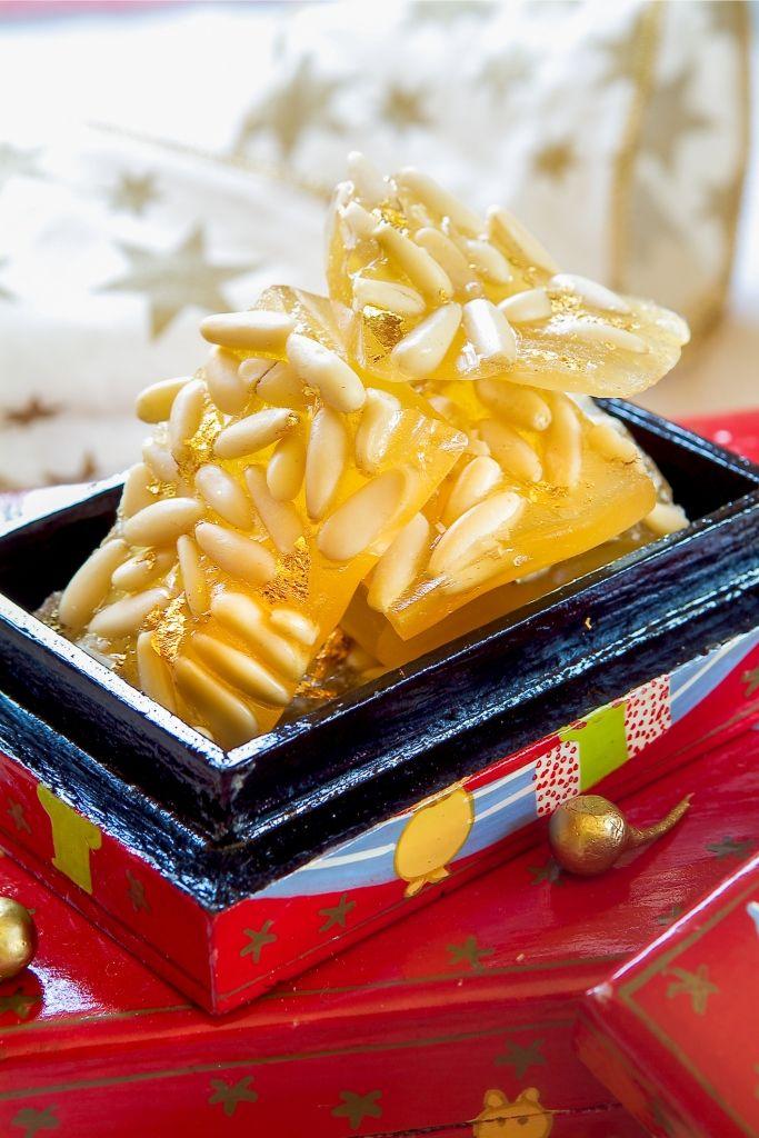 #Turrón de #piñones para endulzar la #sobremesa
