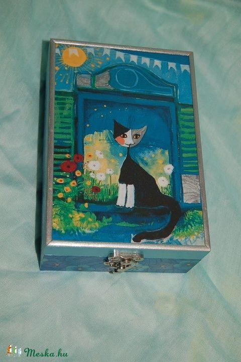 Teás doboz cicával és kék virágokkal (Pearlbox) - Meska.hu