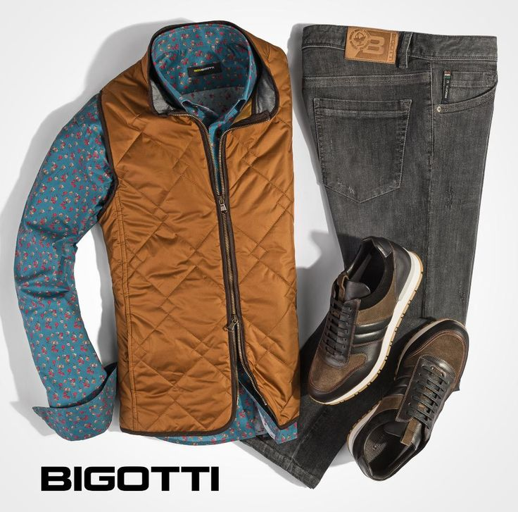 The #Bigotti #quilted #vest: #original #diamond #stitch #design, #beautiful #collar #details and #contrasting #finishes #mensfashion #ootd