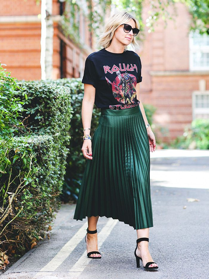How to Wear Graphic Tees When You're a Grown-Up via @WhoWhatWearUK