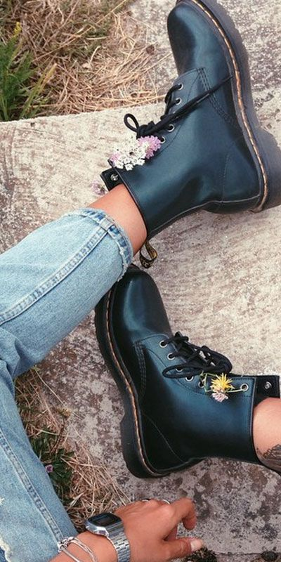 WOMEN'S 1460 SMOOTH | 1460 8 Eye Boots | Official Dr Martens Store