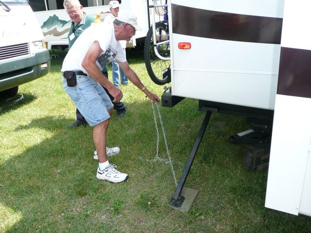 Rv Now Stop The Rv Rockin With This Homemade Stabilizer
