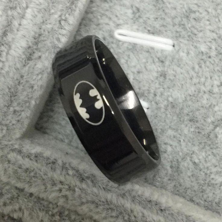 2016 wanita unisex hot titanium laki-laki pria hitam batman simbol 316l stainless steel dipoles pernikahan perhiasan cincin 8mm gratis pengiriman