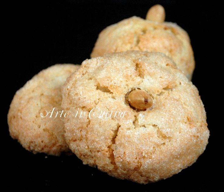 Amaretti sardi dolci veloci is amarettus ricetta semplice e veloce dolci sardi con le mandorle, senza glutine, senza farina, solo albumi, per intolleranti,