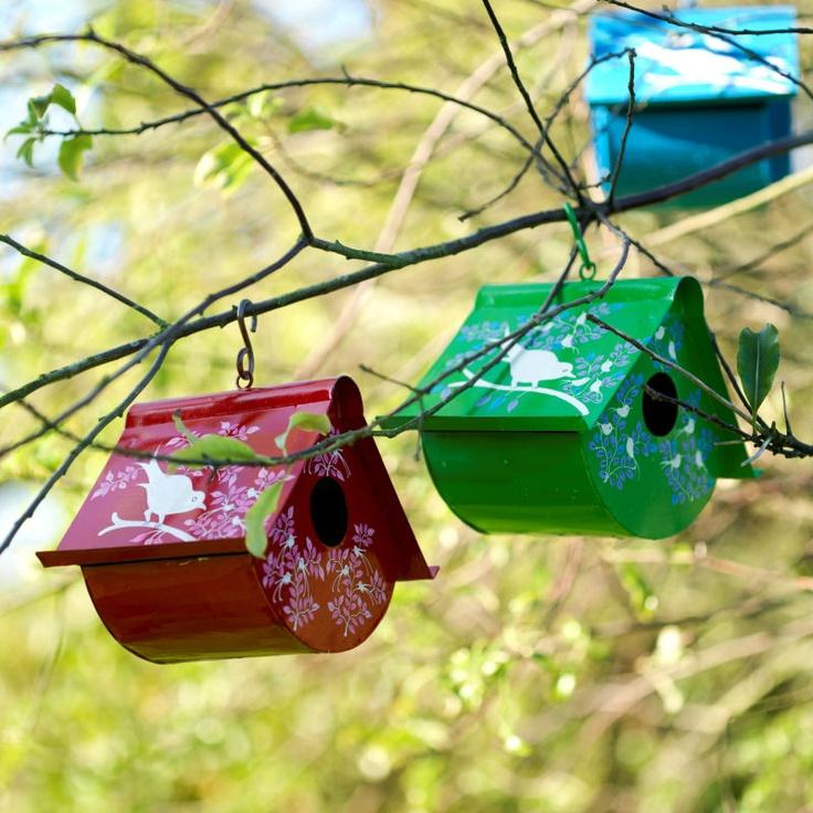 .: Paintings Birds, Hands Paintings, Birds Theme, Birdhouse, Gardens Signs, Paintings Cans, Birds House, Fair Trade, House Decor