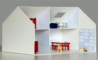 Eco Criança: Caixa de papelão pode se transformar em casinha de bonecas