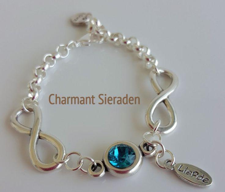 Infinity armband met Swarovski Te koop via : http://www.charmantsieraden.nl/damessieraden/armbanden/handgemaakte-armbanden-charmant-sieraden/infinity-armband.html