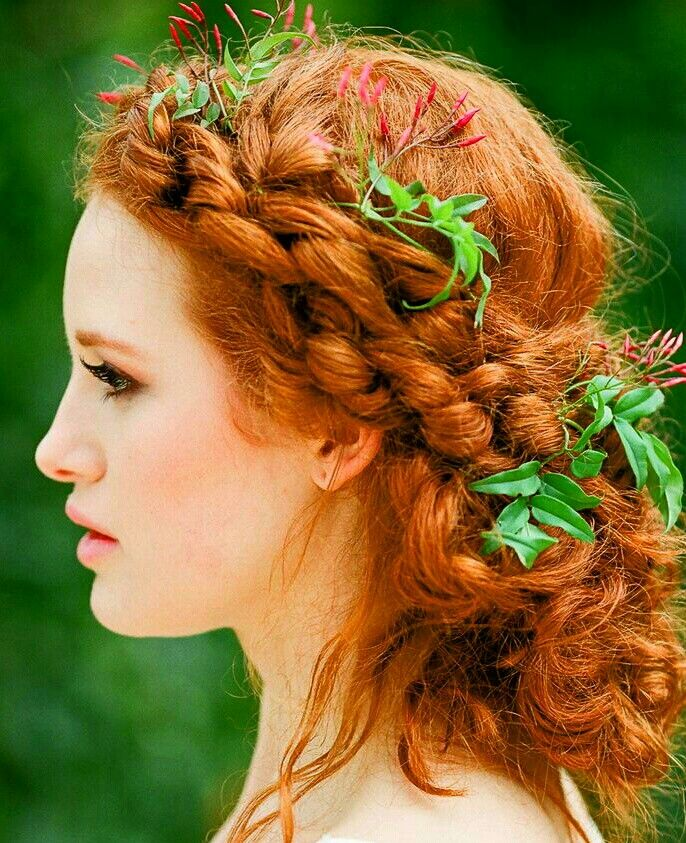 Celtic Hair!!! Who can not feel like a Celtic Beauty with this hairstyle?